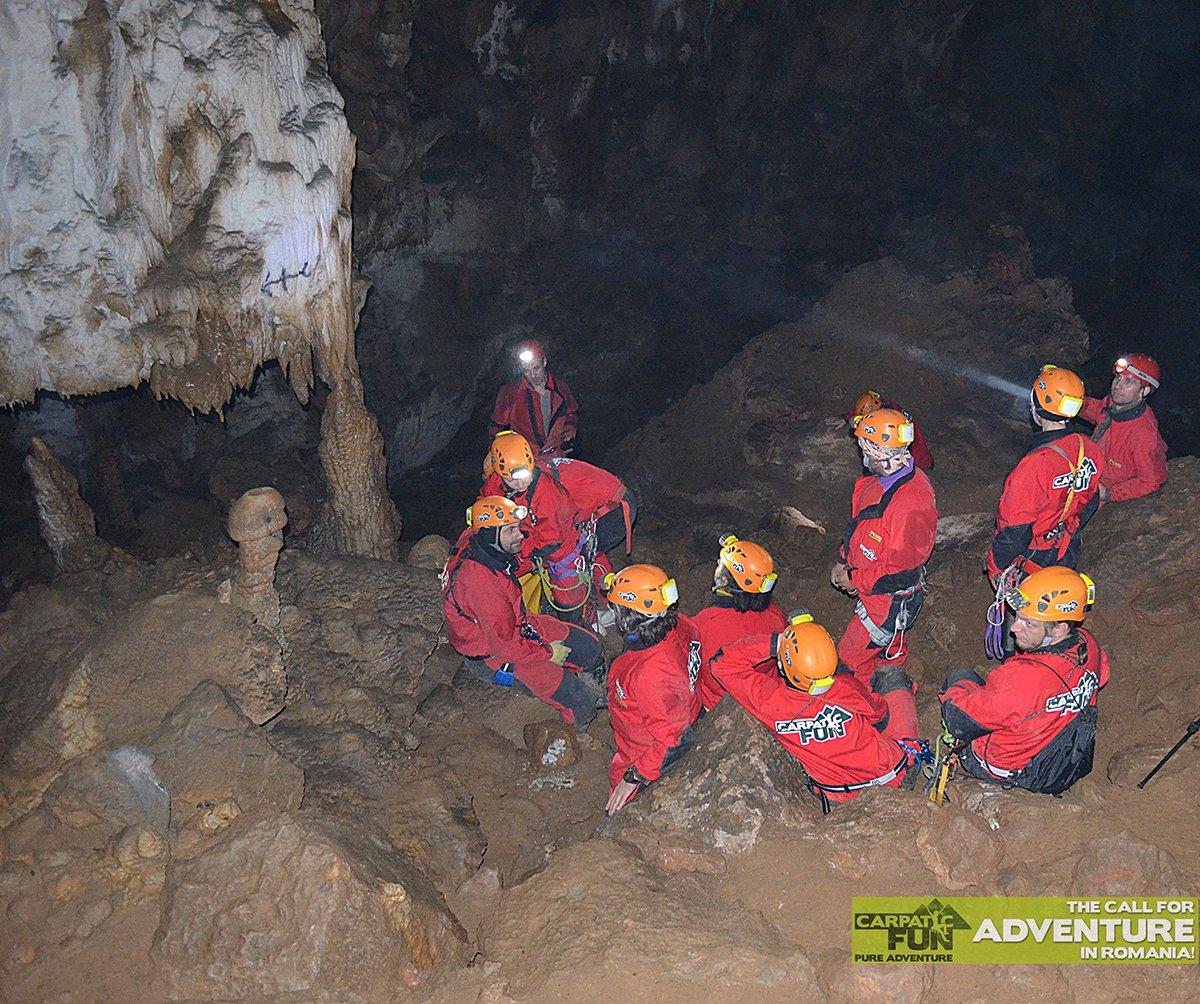Bătrânului cave