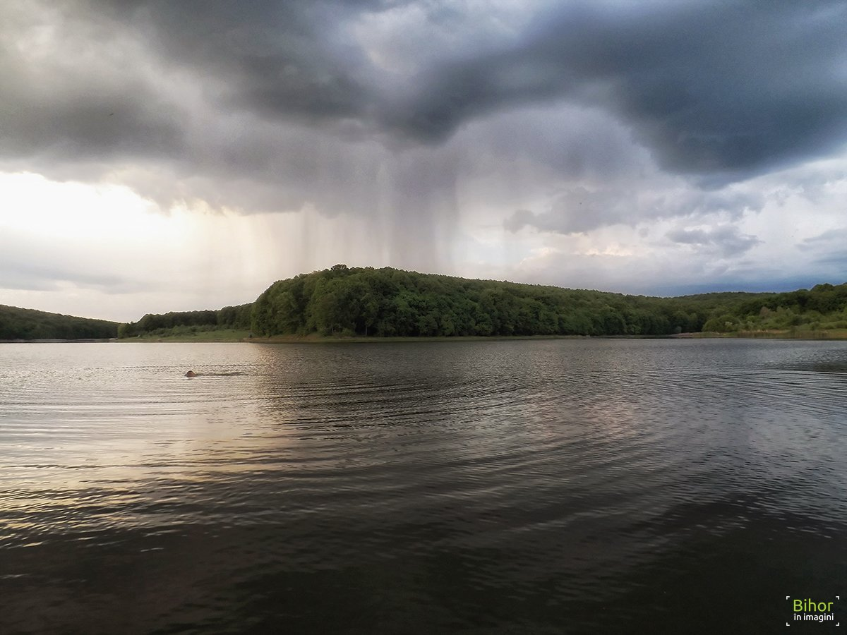 Barajul de la Șauaieu