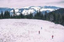 On skis to the Poieni peak