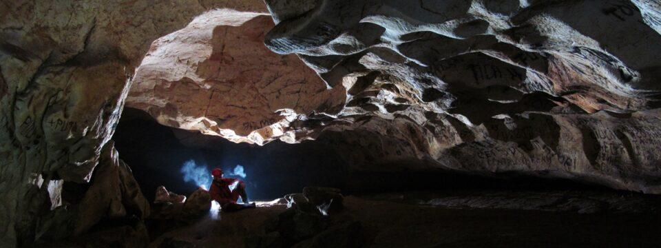Ferice cave