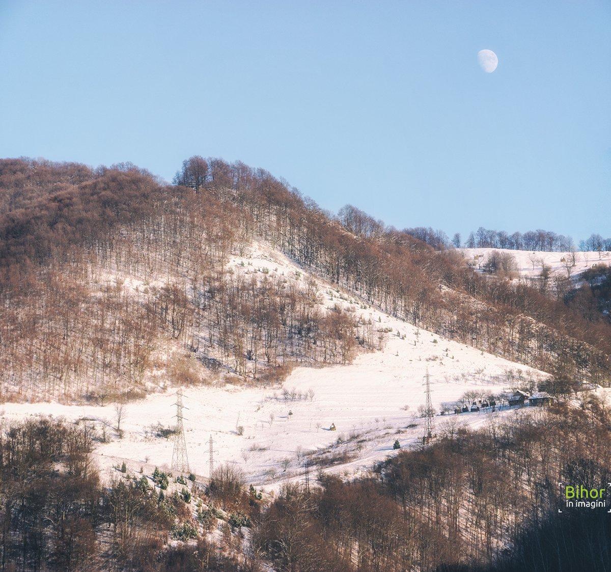 Vedere de pe dealul Mare