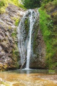 Cascada Boiului02