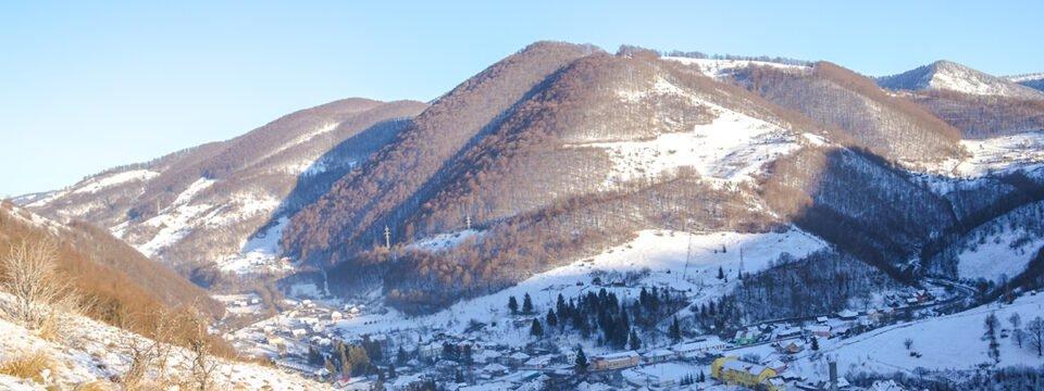 Peisaj de iarna din satul Remeți