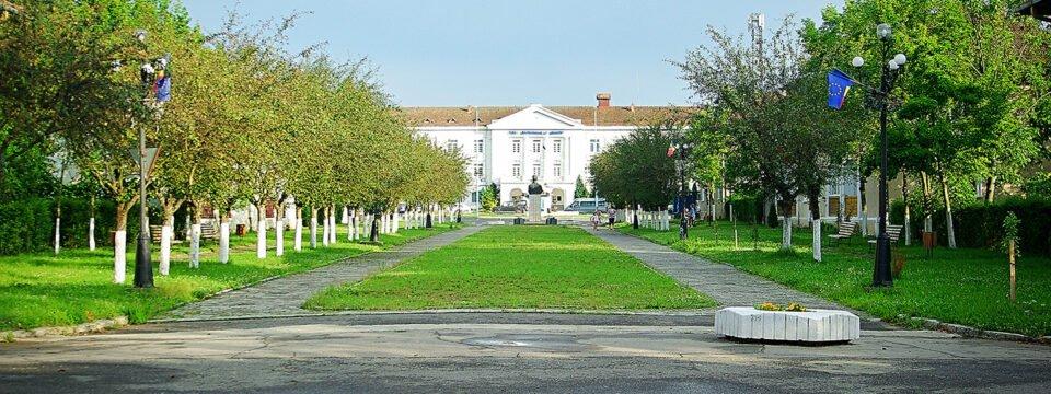 Cladirea sediului IM Bihor, fostul sediu al Primariei Ștei