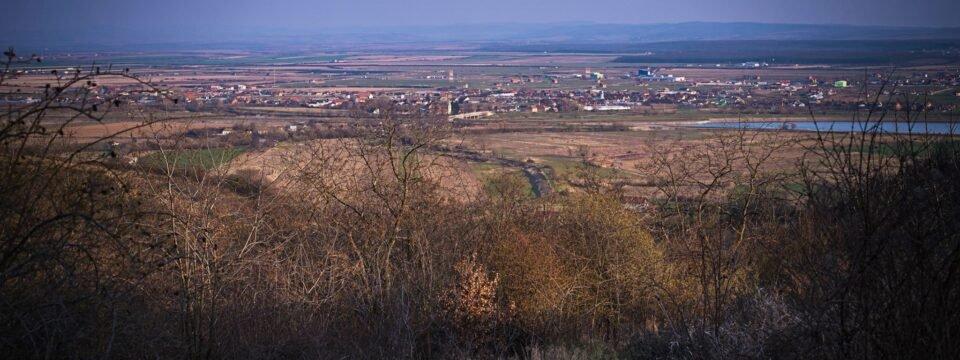 Vedere panoramică asupra satului Fughiu