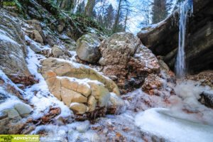 Canionul Valea Seaca Iarna 04