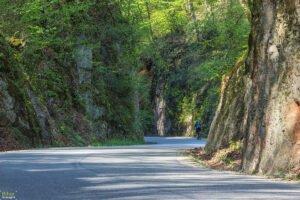 Cu bicicleta pe Cheile Albioarei