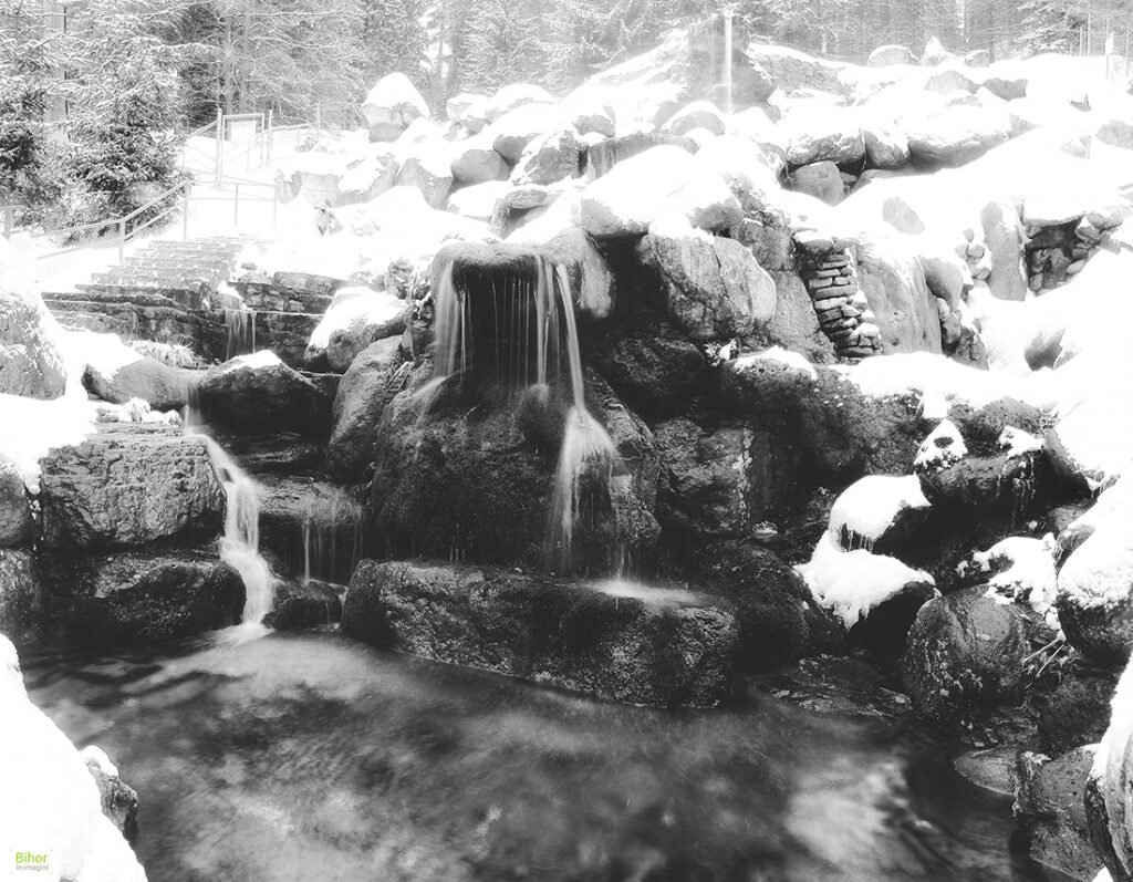 Izvorul Minunilor iarna