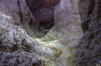 Cetatea Rădesei cave