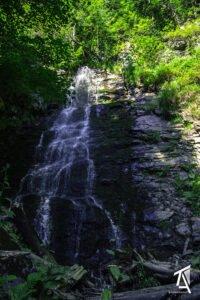 Cascada Sf Treime01