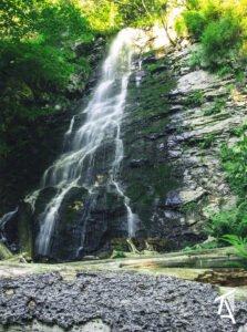 Cascada Sf Treime02