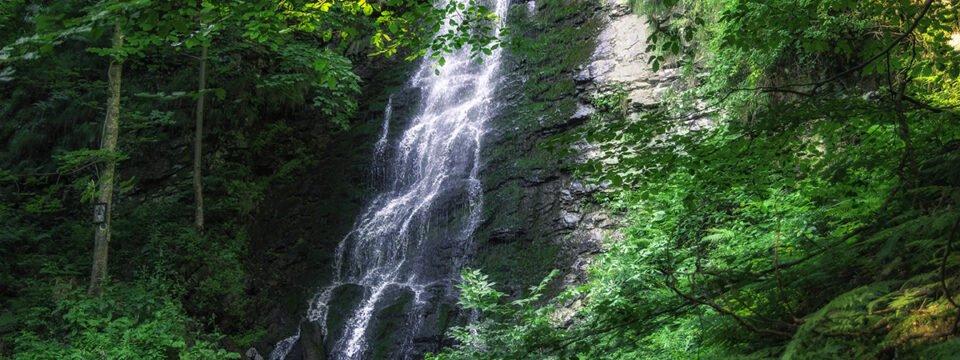 Traseul Sat Poiana – Cascada Sf.Treime – Sat Băiţa